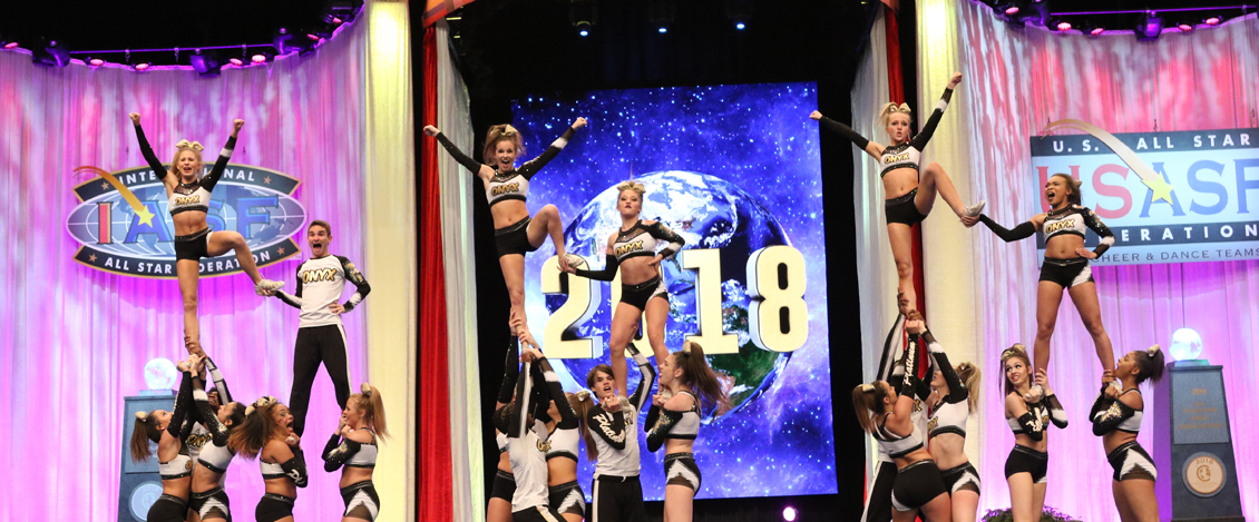 onyx_pyramid_hit_Worlds